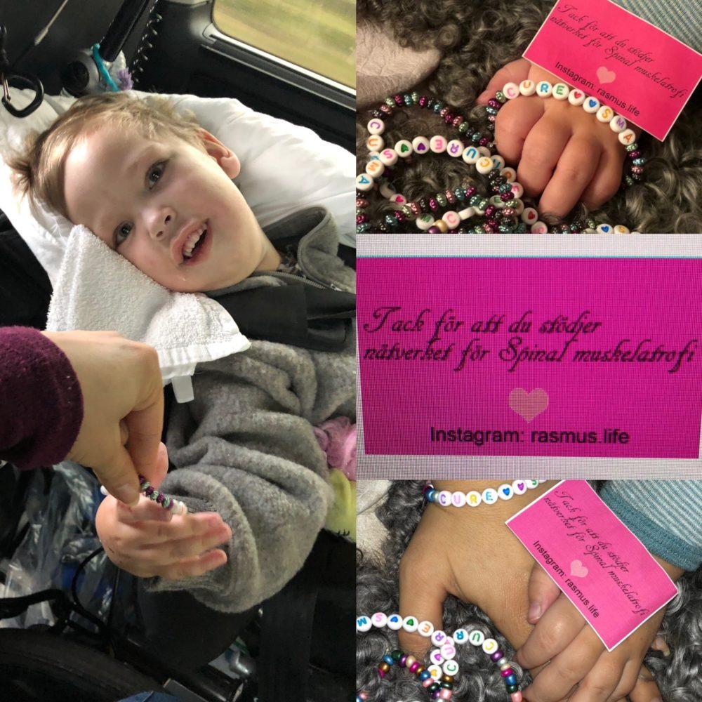 Rasmus visar upp armband som hans mamma har skapat för att samla in pengar. Följ rasmus.life på instagram och stötta insamling genom att köpa cure sma armband i regnbågens alla färger.
